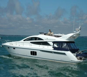 50ft Flybridge Motor Yacht (up to 12 people)